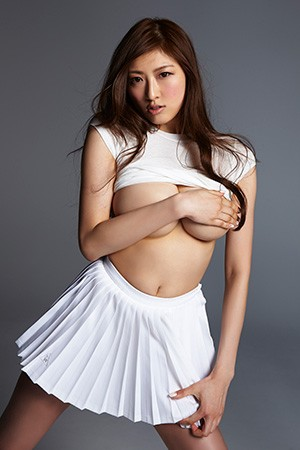 akuzawayuno22.jpg