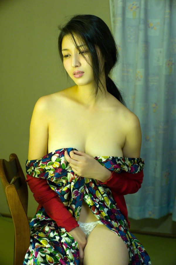 hasimotomanami64.jpg