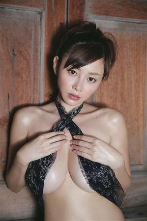 sugiharaannri26.jpg